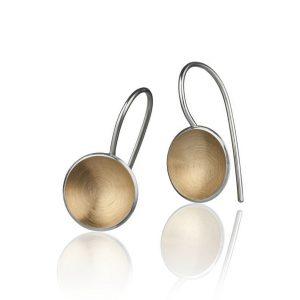 Ørepynten Planetitos håndlaget i sterling sølv forgylt med 14k gull